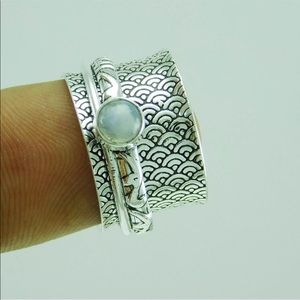 Jewelry - Sterling Moonstone spinner ring meditation silver